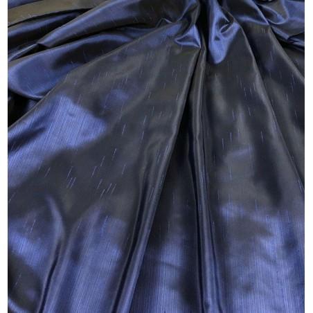 Metraj draperie tafta albastru inchis cu model discret