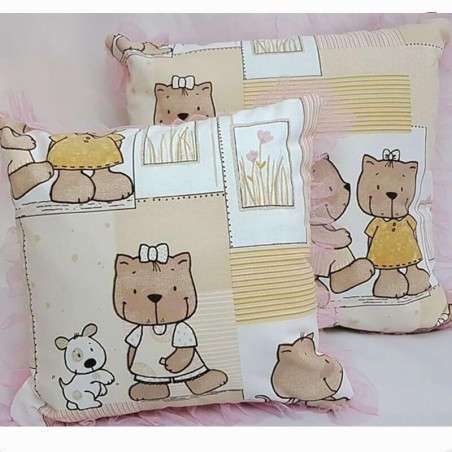 Perna decorativa pentru copii cu ursuleti si volanase