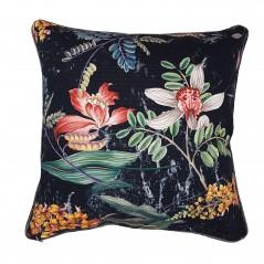 pernaneagra-cu-flori