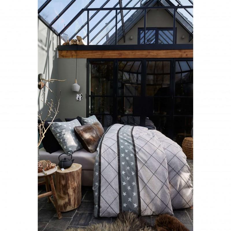Set lenjerie de pat cu 2 fete de perna moderna Vintage Star gri cu romburi si stelute