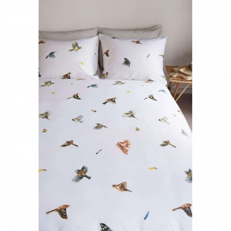 Set lenjerie de pat cu 2 fete de perna bumbac Mees cu pasari colorate pe fond alb