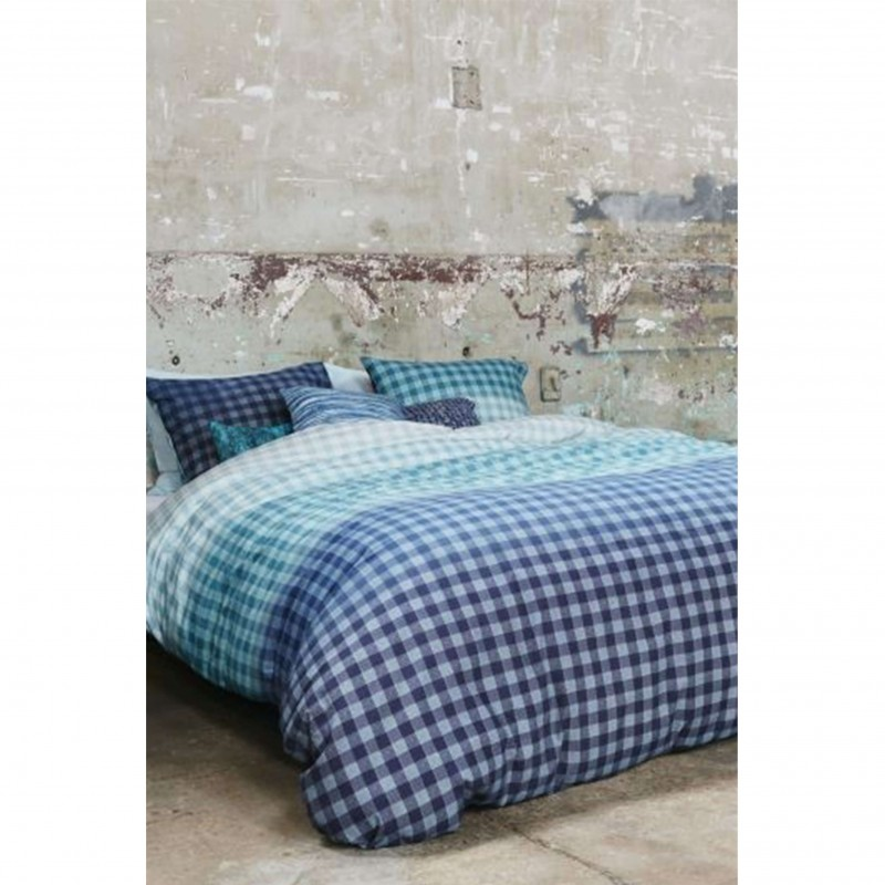 Set lenjerie de pat cu 2 fete de perna bumbac Guana cu design in carouri albastre