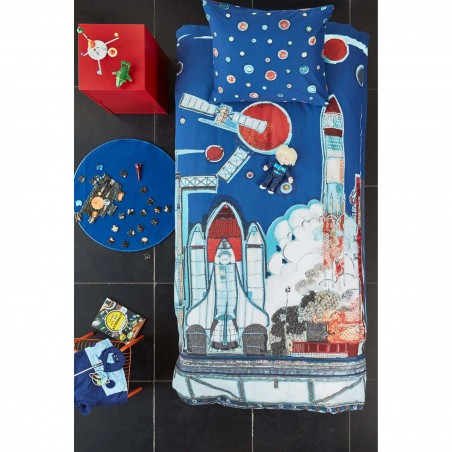 Set lenjerie de pat pentru baieti cu 1 fata de perna Rocket Ship albastru cu rachete satelit si planete