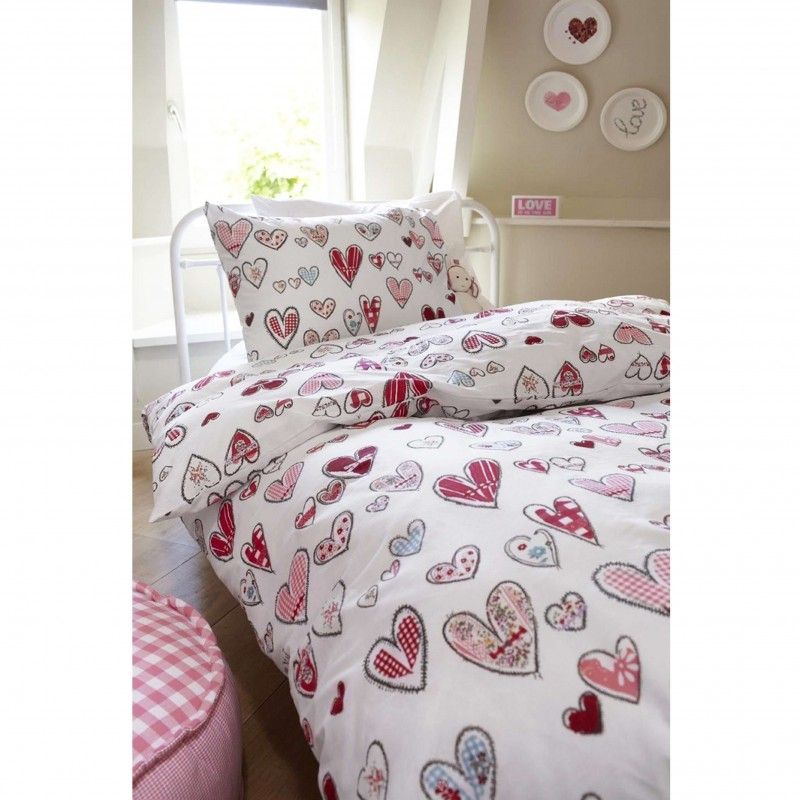 Set complet lenjerie de pat fetite cu 1 fata de perna Pretty Hearts cu inimioare colorate
