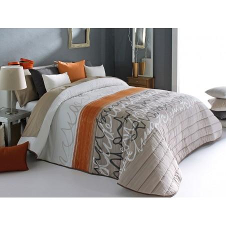 Cuvertura de pat Joyce bej si portocaliu scris elegant