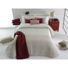 Cuvertura de pat Kim bej cu model elegant crem