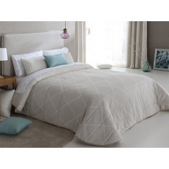 Cuvertura de pat eleganta Deniro crem cu model geometric discret