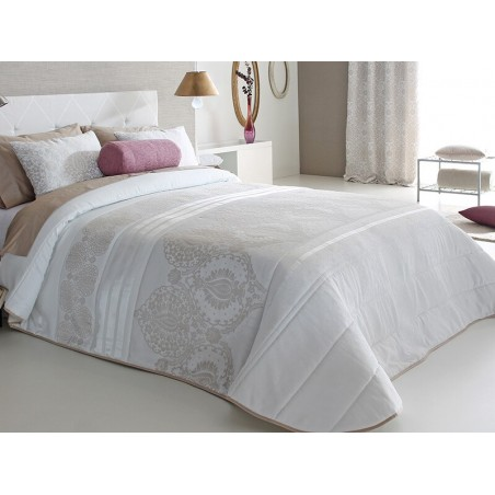 Cuvertura de pat moderna Atel cu design elegant crem cu bej