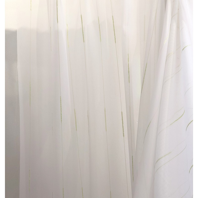 Metraj perdea voal alb cu firicele verde fistic