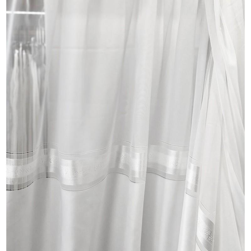 Metraj perdea voal cu model elegant la baza Blanc