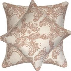 Perna decorativa cu model damask roz prafuit pe crem