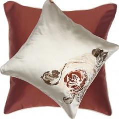 Perna decorativa cu 2 fete cu design floral lateral ivoire satinat cu caramiziu
