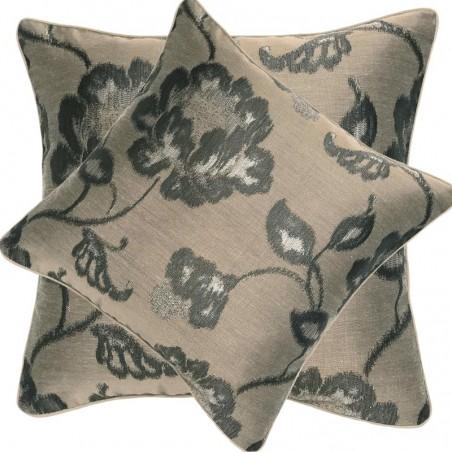 Perna decorativa eleganta cu flori gri pe fond bej inchis