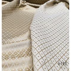 Metraj draperie si tapiterie cu 2 fete Gwiazda model cu romburi si punctulete pe bej si ivoire