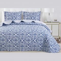 Set cuvertura de pat cu 2 fete de perna model elegant Idara alb cu albastru