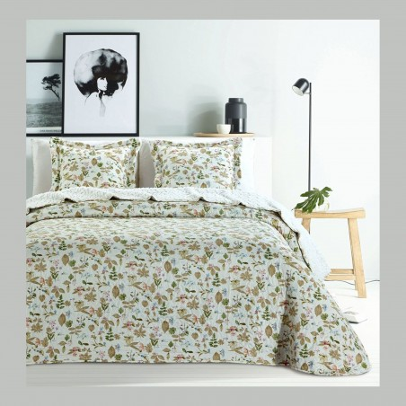 Set cuvertura de pat cu 2 fete de perna bej cu flori si frunze verzi