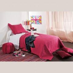 Set cuvertura de pat cu 2 fete de perna model simplu Mikado ecru