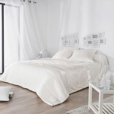 Set cuvertura de pat cu 2 fete de perna Venise cu model discret alb