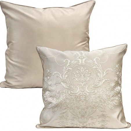 Perna decorativa cu 2 fete cu design elegant brodat crem cu ivoire