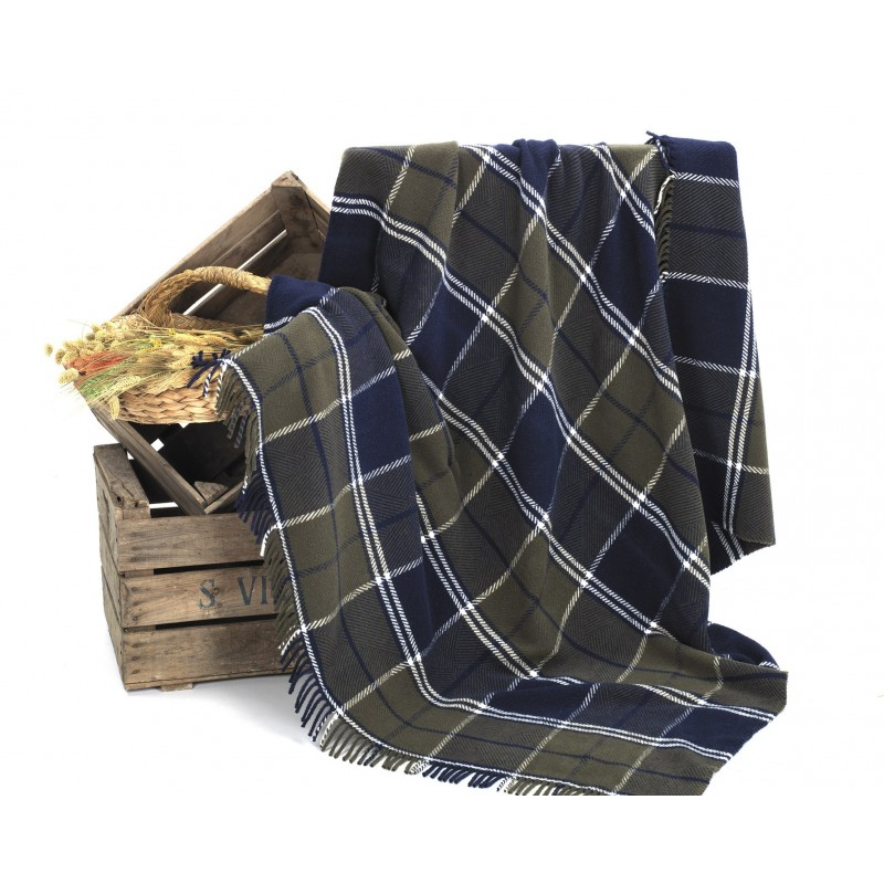 Patura picnic cu carouri kaki si bleumarin