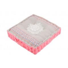 Perna podea natur cu roz model Mandala