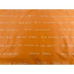 Material draperie copii portocaliu cu scris