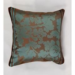 Perna decorativa maro cu turcoaz