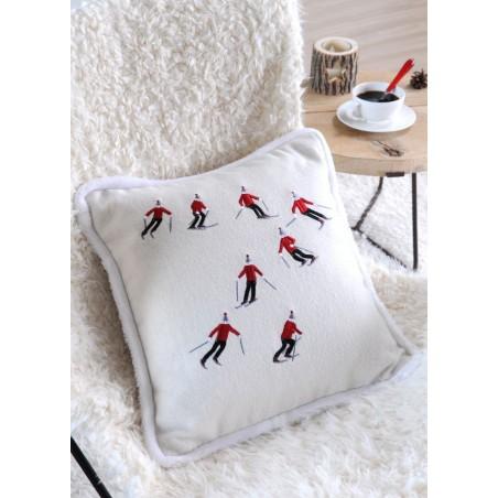 Perna decorativa din lana cu skiori
