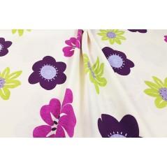 Metraj draperie copii bumbac cu flori vesele lila cu mov si verde pe fond deschis