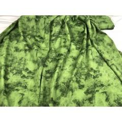Draperie confectionata cu inele verde
