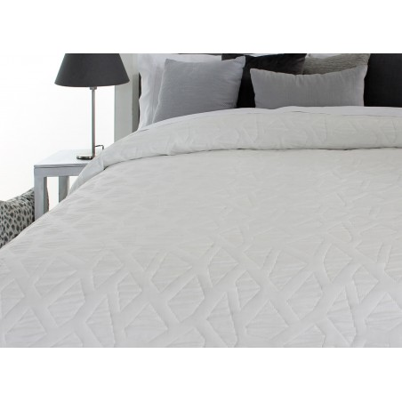 Cuvertura de pat moderna Oksan alb